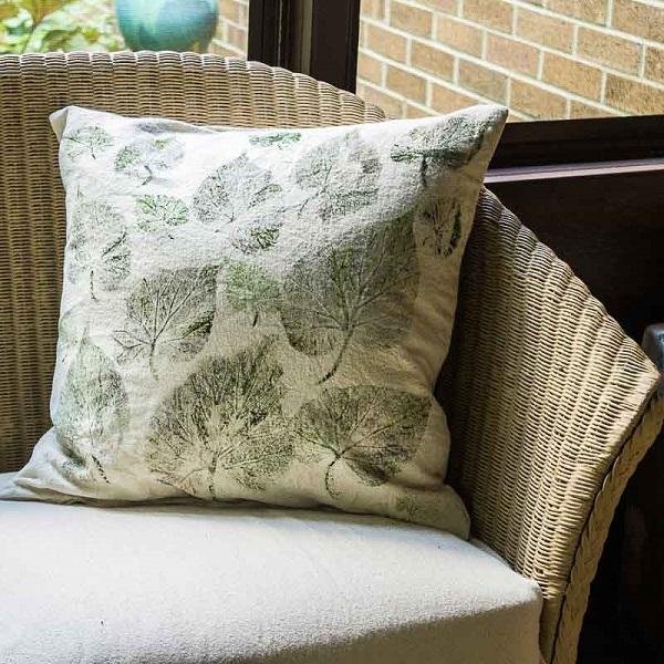 Tutorial: Leaf print drop cloth pillows