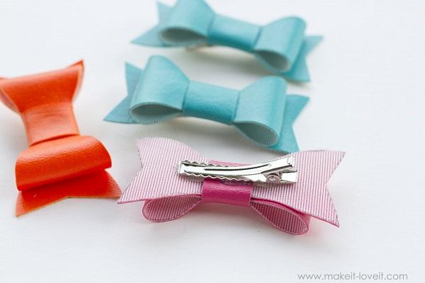 Free pattern: No-sew vinyl hair bow