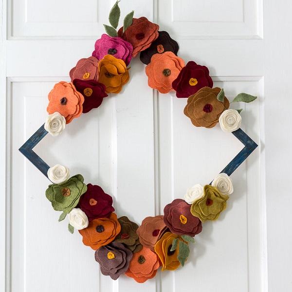 Tutorial: Felt flower fall wreath