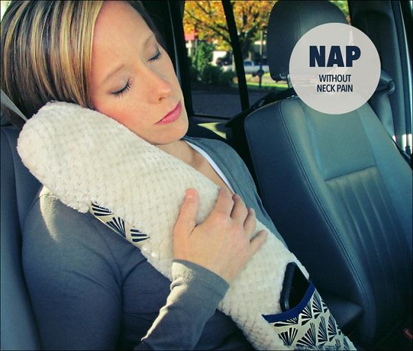 Tutorial Road trip seatbelt pillow