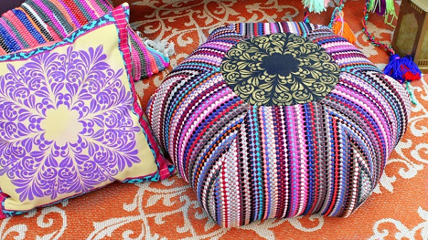 Free pattern: Boho floor pouf from dollar store rugs