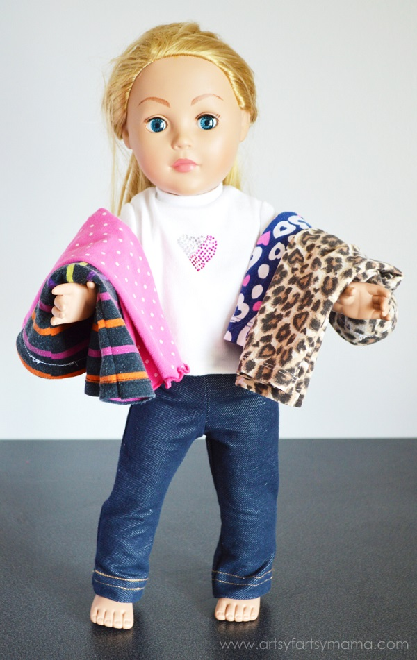 Tutorial Make doll pants from your child outgrown leggings