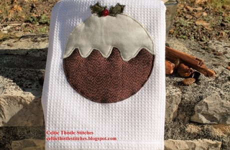 Tutorial: Figgy pudding appliqued tea towel