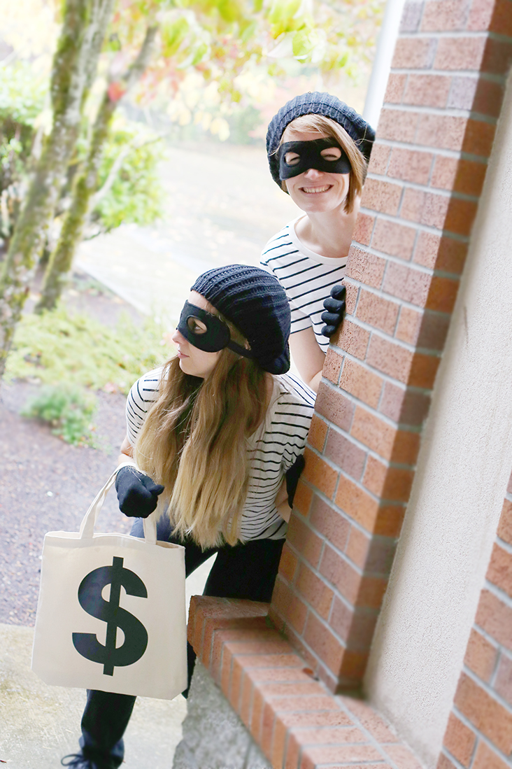 Diy Bank Robber Shirt Diy Bank Robber Halloween Costume Tutorial Sew Much Ado