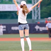 After School Nana & Jooyeon baseball girls
