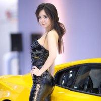 Im Ji Hye Seoul Motor Show 2013