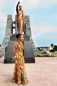 &#039;African Independence&#039; Samia Nkrumah, daughter of Kwame Nkrumah, w father&#039;s statue, web