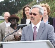 Mayor Ed Lee announces full funding of GoSolarSF program 022113