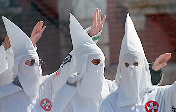 Klan in Jackson Miss. supporting members on trial for 43-yr-old murder 0607