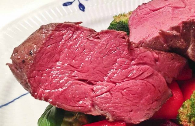 A perfectly and evenly cooked sous vide steak Photo Credit: sousvideblogger.com