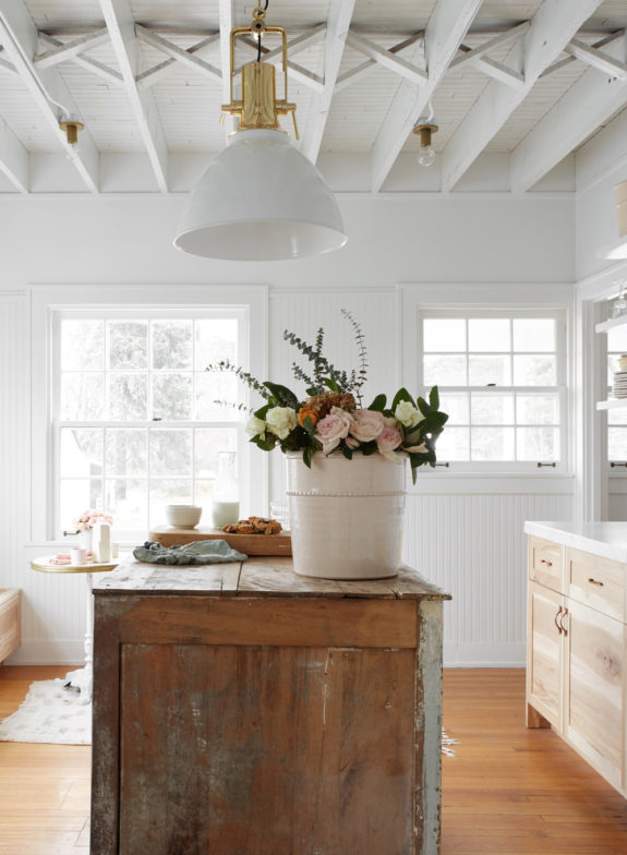 Target Kitchen Island White Restored By The Fords: Exclusive. / Sfgirlbybay