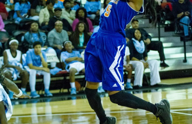 Malysha Yancey broke the all-time scoring record held by Ronalda Pierce Thursday in the elite 8 contest. Photo: Jessica Peters/SGSN