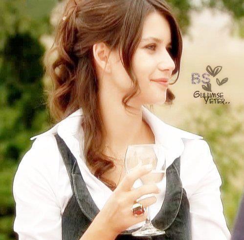 Cute Stylish Small Girl Wallpaper 200 Stylish Cute Attitude Facebook Dp Amp Profile Pics For Fb