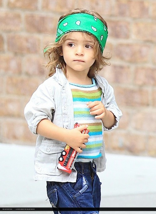 Cute Stylish Small Girl Wallpaper 200 Stylish Cute Attitude Facebook Dp Amp Profile Pics For Fb