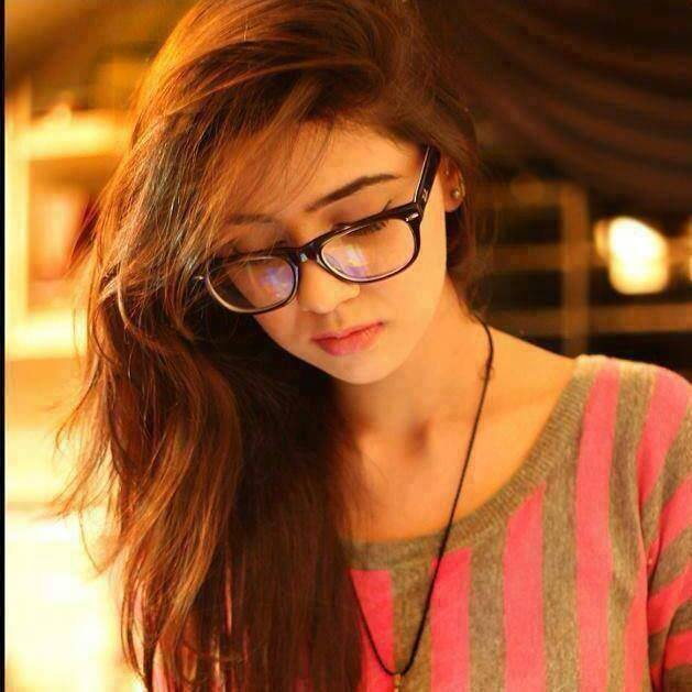 Sad Small Girl Wallpapers Whatsapp Dp For Girls Cute Stylish Top 100 Whatsapp Dp
