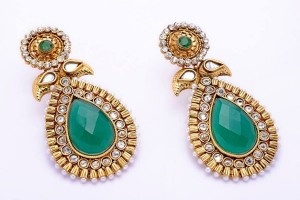 Mariam-Sikander-Eid-Earrings-Collection-2014-1