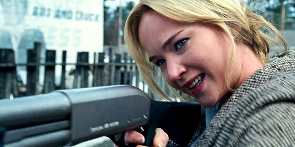 Jennifer Lawrence in the movie 'joy'