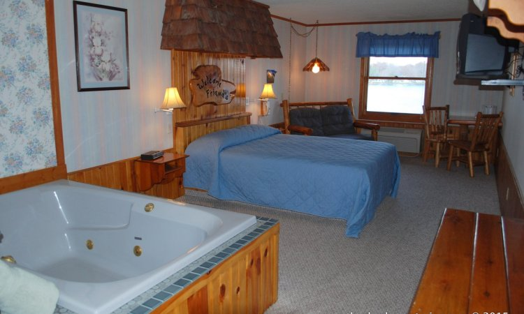Michigan-vacation-hotels-resorts-shack-68