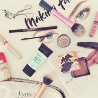 The Makeup Bag with Jules From All Dolled Up