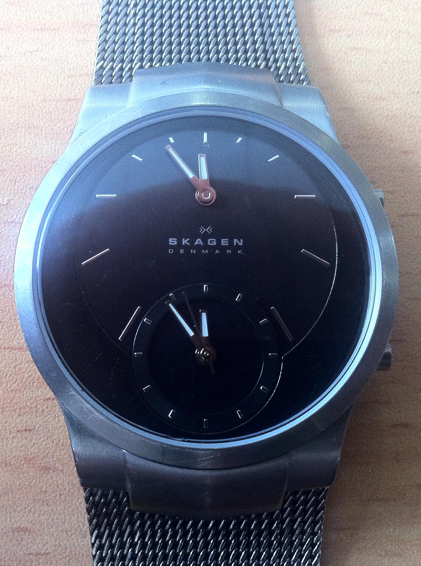 Charcoal Gray Skagen Dual Time Watch – This Is A Blog About Men's Style