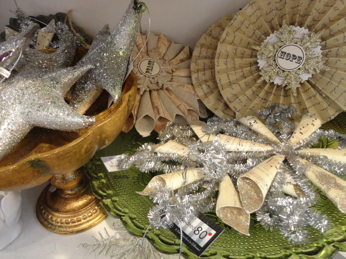 Small Business Saturday's Shop: Bella Luna in Rehoboth, Delaware