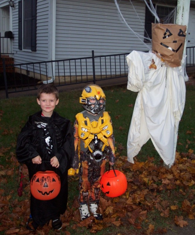 Eamon and Josh trick 'r treating