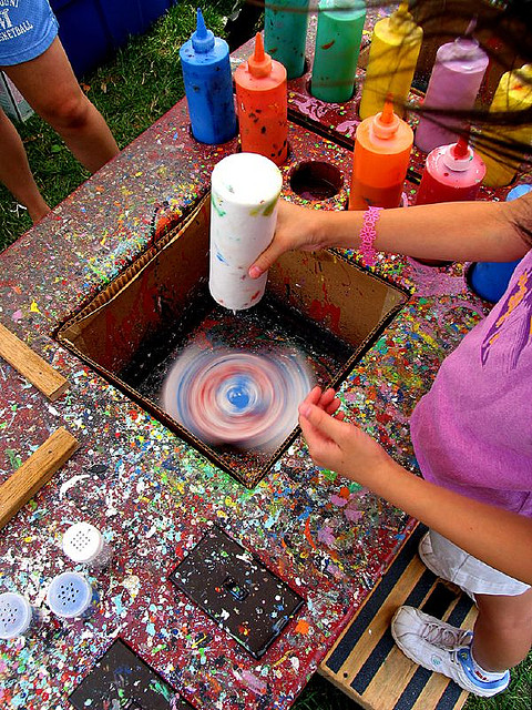 spin art booth from Shalavee.com