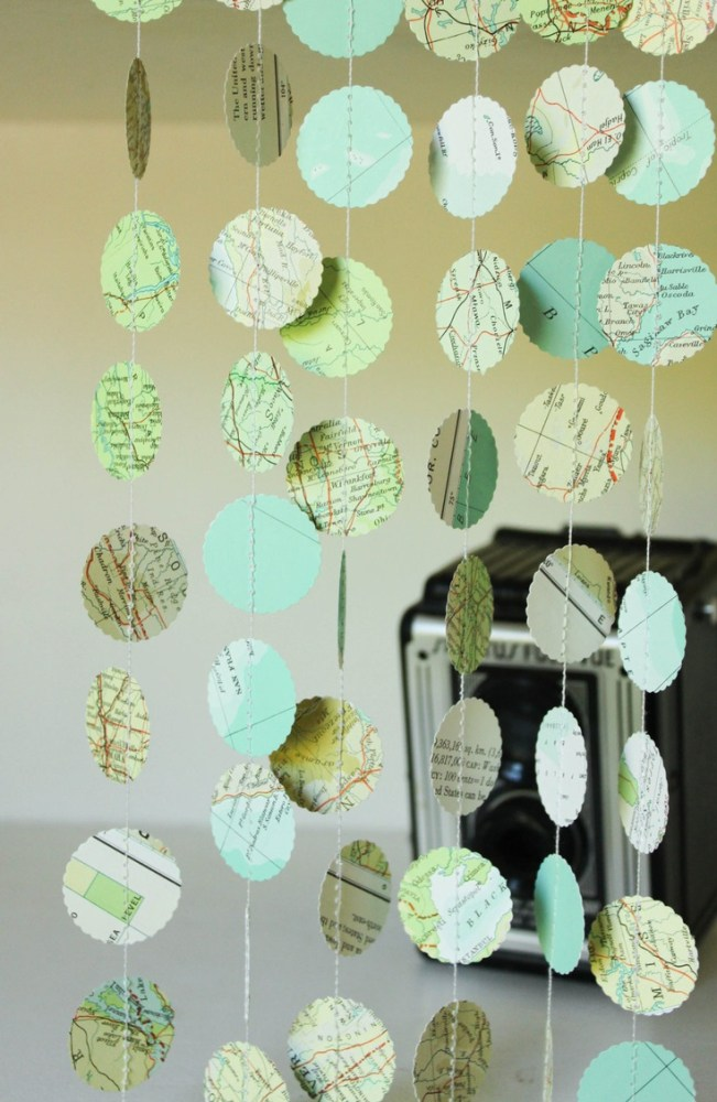 map circle garland from Shalavee.com