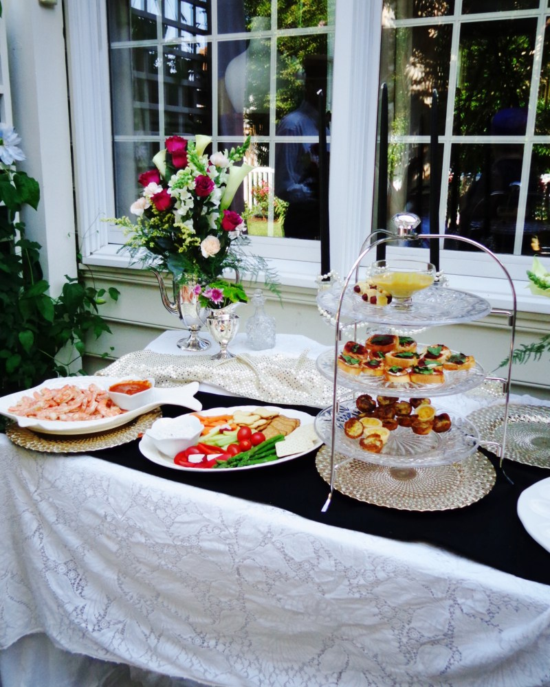 Garden party food on shalavee.com