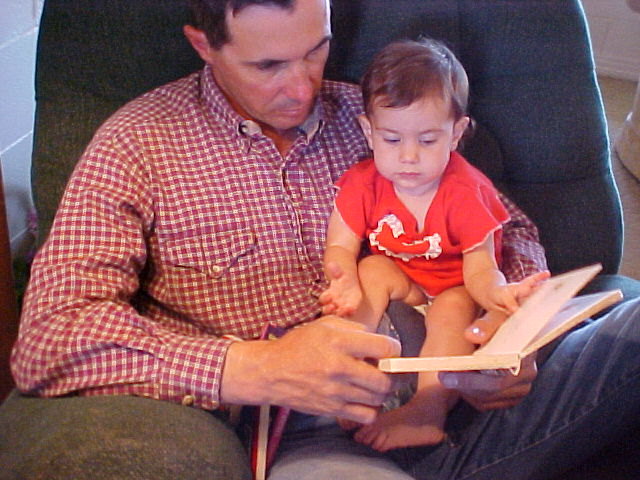 dad reading to carolina 2