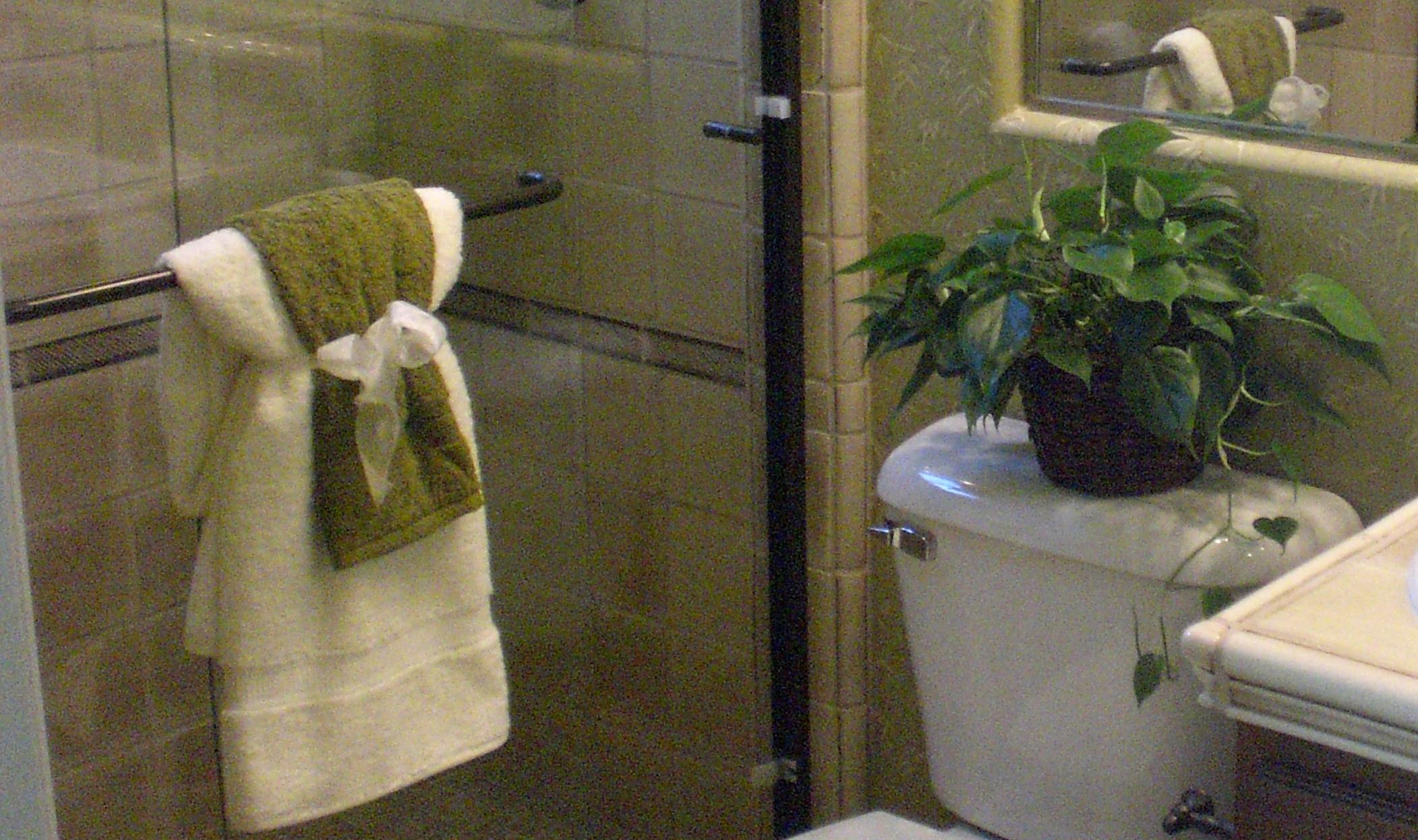 Bathroom Decorating Ideas Towels bathroom decor towels