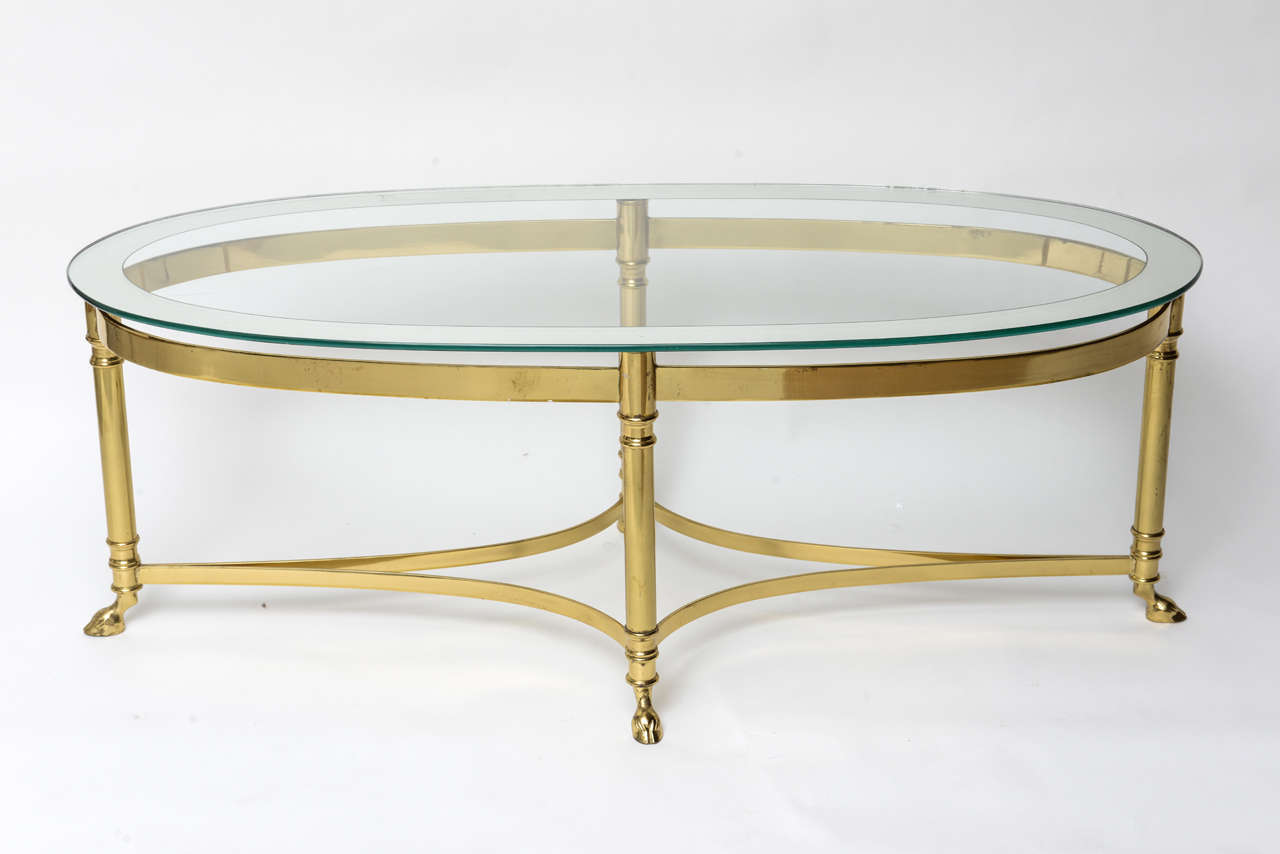 Messing Couchtisch Mit Glasplatte Oval Brass Coffee Table With Mirrored Rim Glass Top At 1stdibs