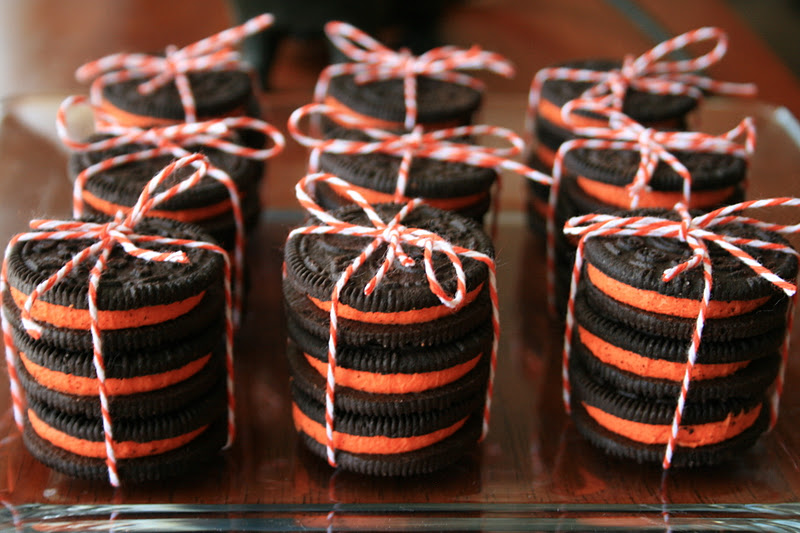 The Witches' Ball Halloween Party ~ Orange Cupcakes, Spiderweb Peanut Butter Cookies, Oreos and The Best Witch's Brew Slush