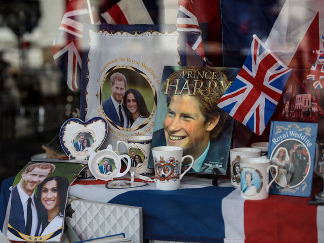 Royal wedding party ideas Cake, wine, a playlist and more - ABC15