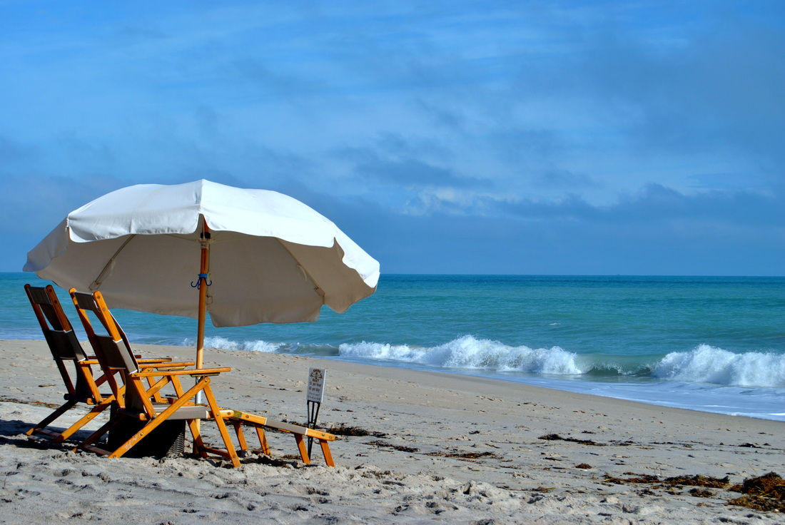 On The Beach Beach Umbrellas Chairs Games And Other Beach Gear Rentals In Vero Beach Florida Shark Bait Beach Gear Rentals