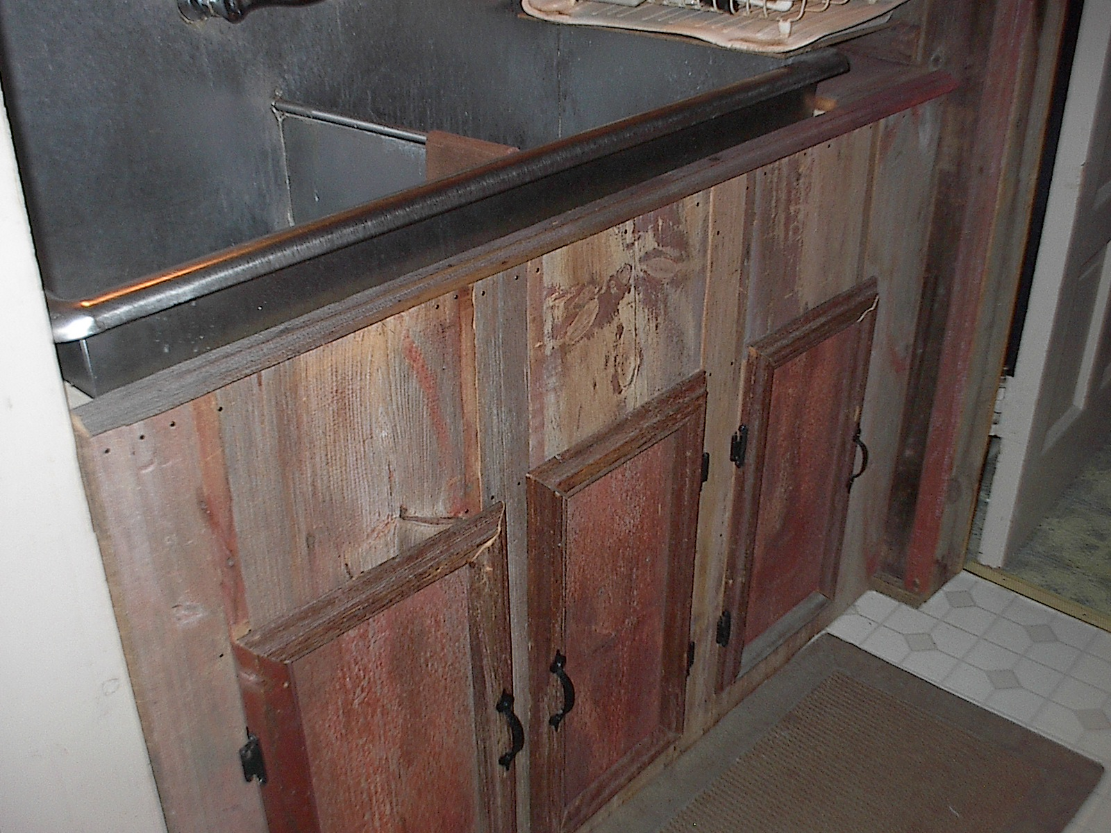 Barn Board Kitchen Cabinets Seasons Of Farm Grove A Glimpse Of My Cottage Lifestyle