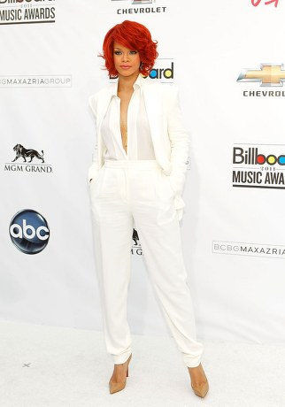rihanna white suit