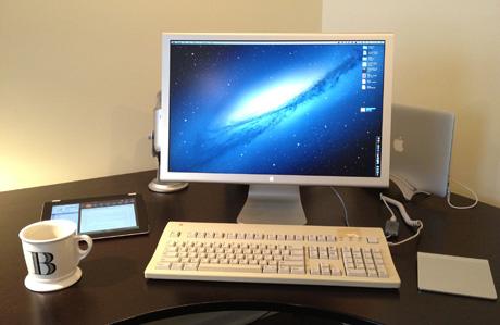 Apple Extended Keyboard II Mac Setup