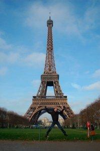 Shawn Jumping Eiffel Tower