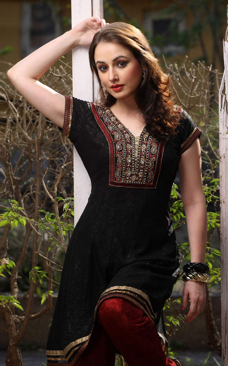 Black Hair Style Black Salwar Kameez New Collection Sheclick