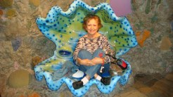 Me in a giant clam!