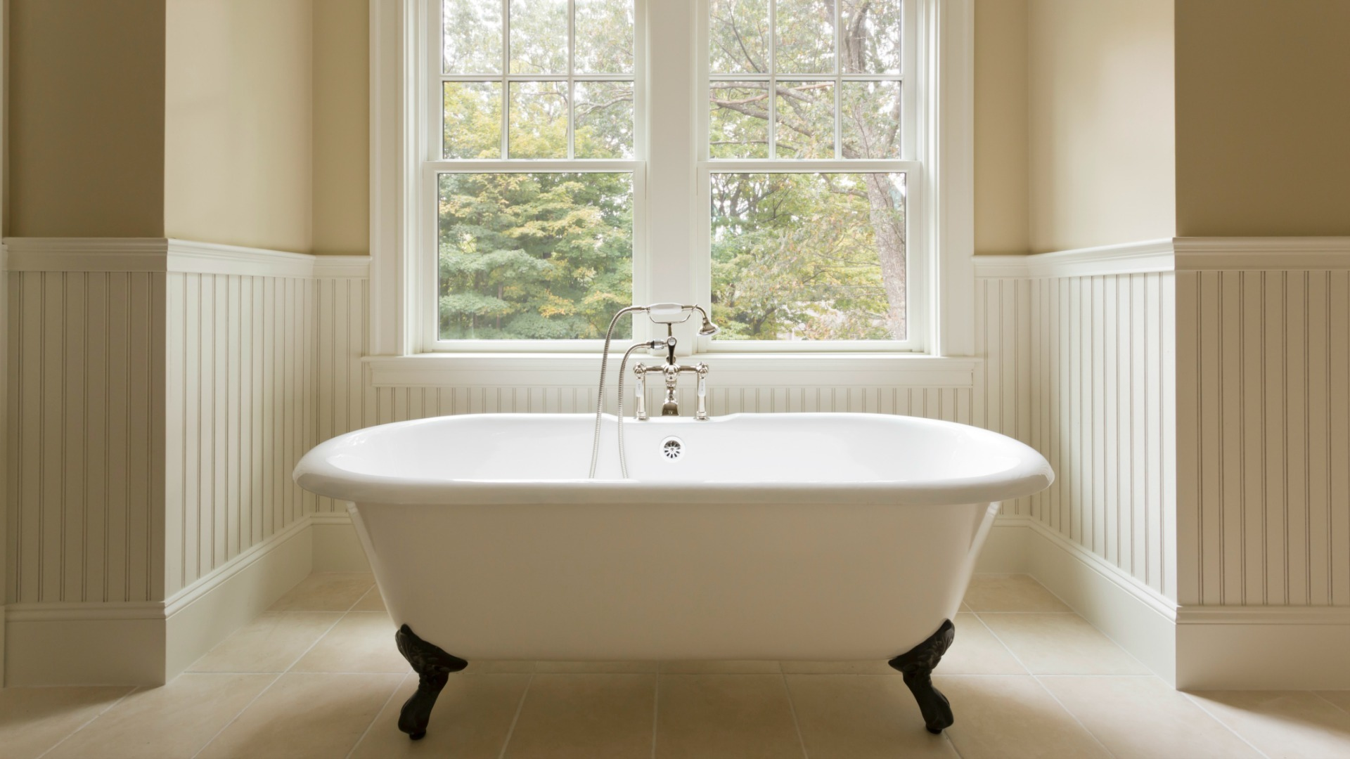 9 Things Your Guest Bathroom Needs No Excuses Sheknows
