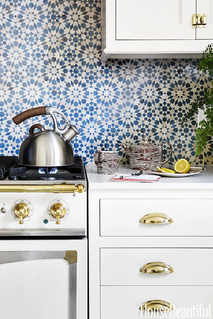 blue kitchen tile backsplash