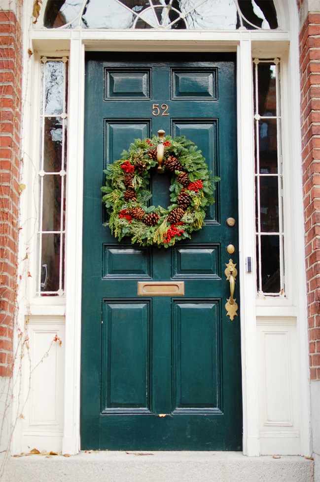 beacon hill green door christmas wreath