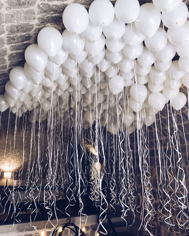 jumbo white balloons decor