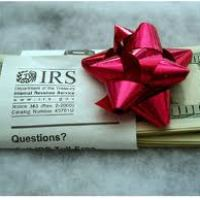 {Financial Cents} 4 Smart Ways to Spend Your Tax Refund
