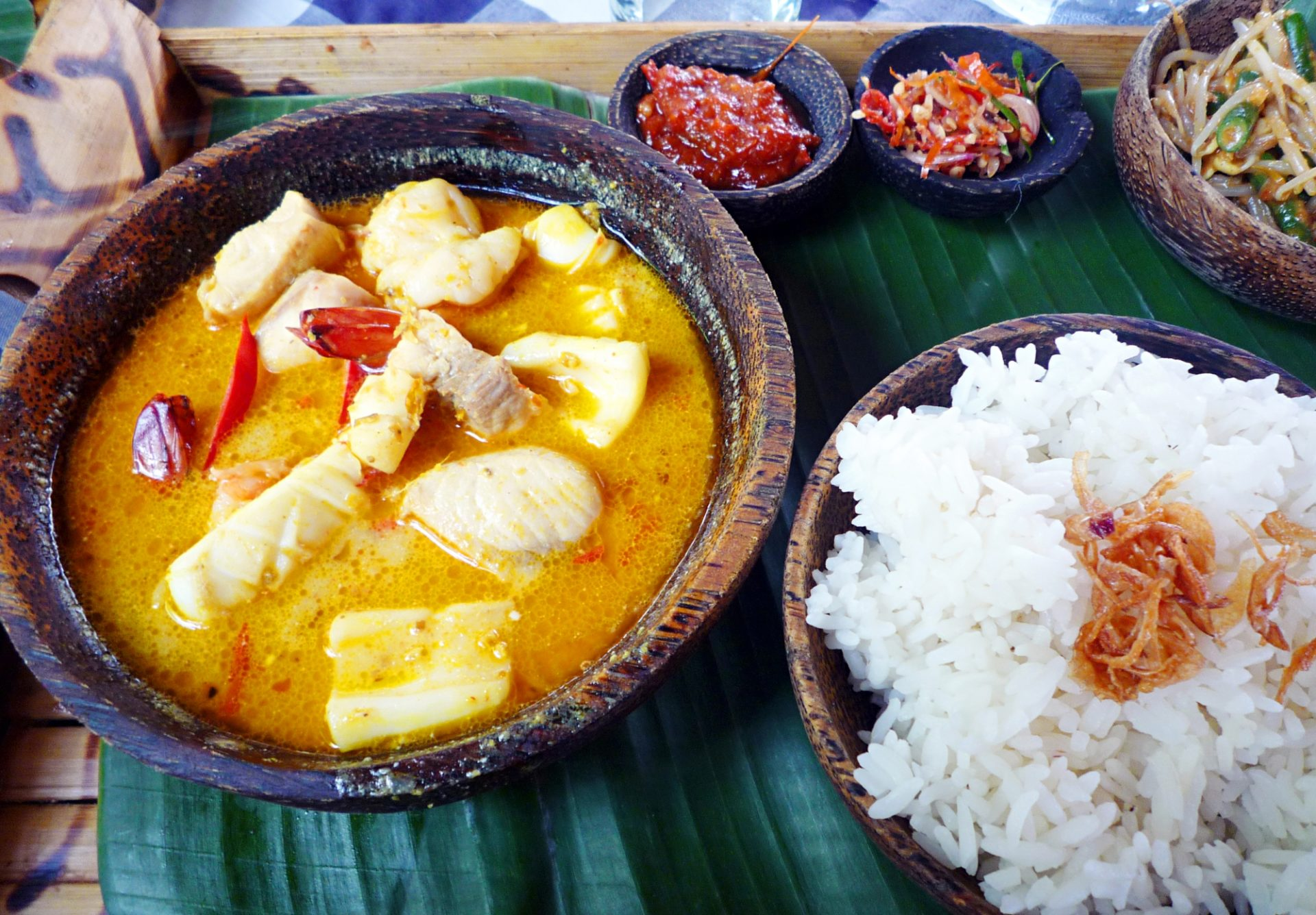Ethnic Cuisine Book Seafood Curry In A Hurry Shemins