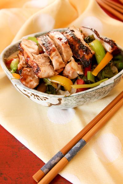 No-Soy Teriyaki Chicken Shirataki Yakisoba | ShesCookin.com