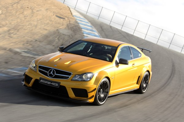 17-mercedes-c63-amg-black-series