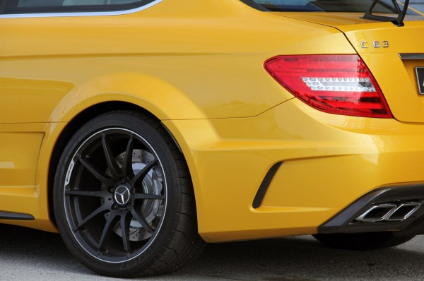 25-mercedes-c63-amg-black-series